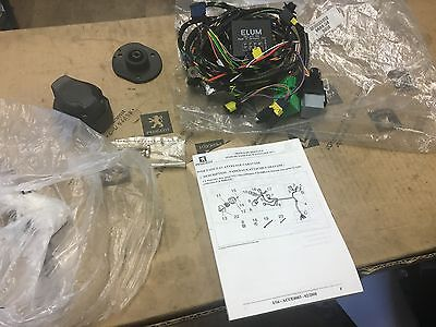 PEUGEOT 607  saloon towbar  wiring loom 9688G6 New