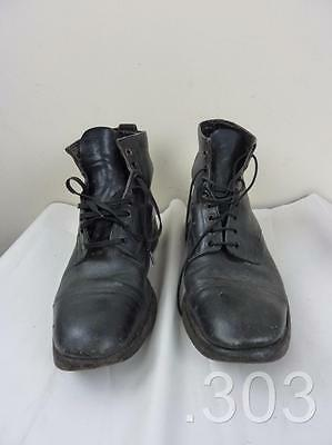 Vintage British The Wilton Brand Black Leather Boots Size 8M Hobnail