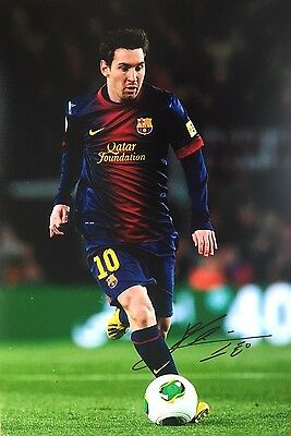 Soccer Barcelona Lionel Messi Original Hand Signed Photo 12x8 With COA