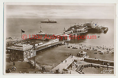 Old Postcard West Pier Brighton RP Posted 1947 AM028