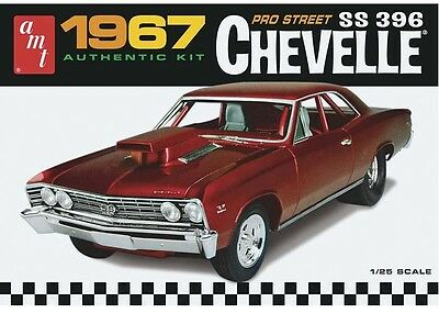 AMT 1/25 1967 Chevy Chevelle Pro Street AMT876 New Plastic Model Car Kit