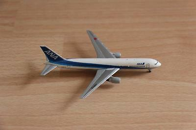 F-Toys 1:500 ANA All Nippon Airways Boeing 767-300