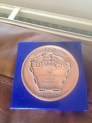 Commonwealth Games Edinburgh 1986 Commemorative Bronze Medal Boxed