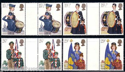 Great Britain Scouts Guides Gutter Pairs MNH ** (20)