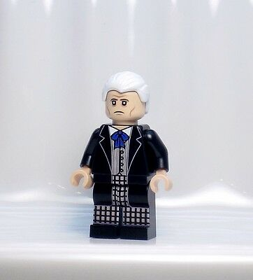 A990 CUSTOM PRINTED Lego Dimensions INSPIRED DOCTOR WHO FIRST 1ST DR MINIFIG