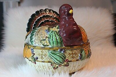 Vintage Covered Thanksgiving Turkey Dish Tureen