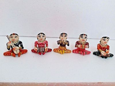 HANDMADE CARVED HAND PAINTED WOODEN SHOWPIECE (FEMALE BABLA SET)  5 Pcs SET