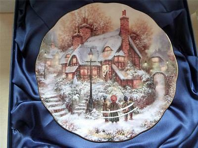 Royal Doulton Bradford Exchange HOLLY COTTAGE Silk Lined Box Ltd Ed. No 2605A