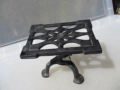 "Antique Cast Iron Trivet Cake Planter Stand Holder Rack Vintage ""Spong"" British"