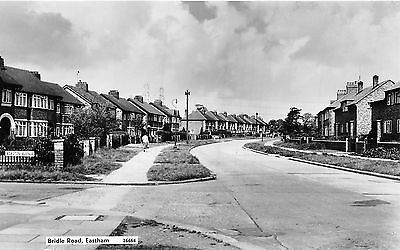 POSTCARD    CHESHIRE  EASTHAM  Bridle  Road