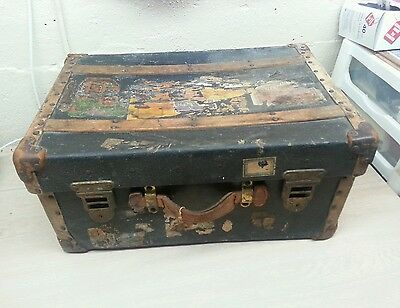 Rare antique luggage,suitcase, baggage white star line boat titanic???