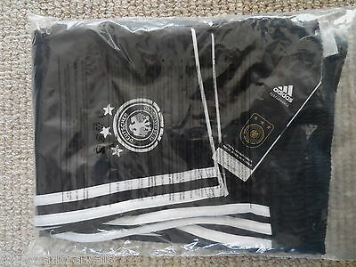 "46"" ( USA XXL ) GERMANY HOME ADIDAS SHORTS football soccer New Tag Deutschland"