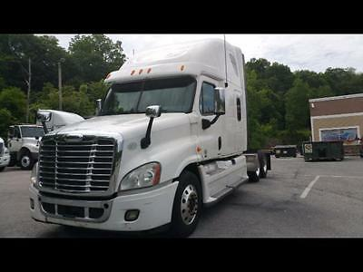 """2012 Freightliner CASCADIA 72"""" Double Bunk DD15 597K Auto. 2 Avail."""
