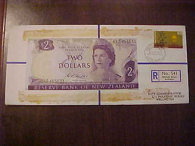 1971 Hutt Comm. New Zealand $2.00 Banknote 31 Of 120 R 541 Hutt Pnc Series 31