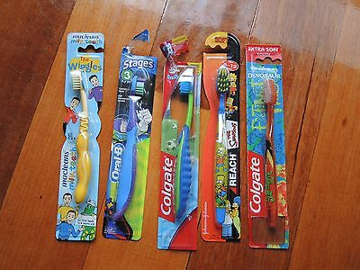 5 children's toothbrushes Buzz Lightyear Simpsons, Soccer, Wiggles *FREE POSTAGE