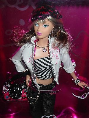 Nrfb Hello Kitty Barbie Collector Pink Label