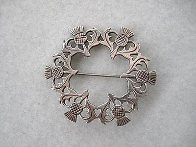 Classic Vintage Hallmarked Silver Multi Thistle Circular Brooch
