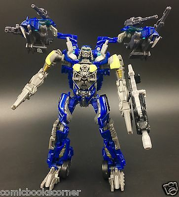 Transformers 2011 Dark Of The Moon Deluxe Wrecker TOPSPIN 100% Complete Autobot