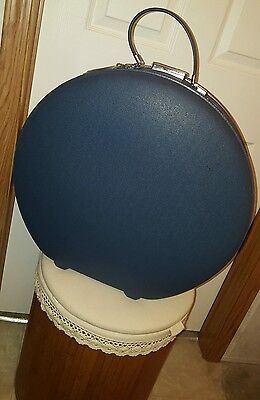 "Vintage American Tourister Tiara 20"" Round Hat Train Suitcase Blue Original KEY"