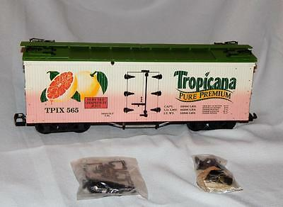 Older USA Trains TROPICANA 40' Woodside Reefer G scale Refrigerator Grapefruit