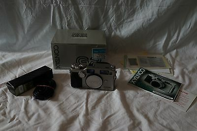 CONTAX G2 (boxed) + switch cable