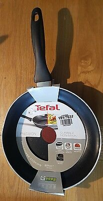 Tefal Thermo Spot Titanium Non Stick Frying Pan - 24Cm - Dented