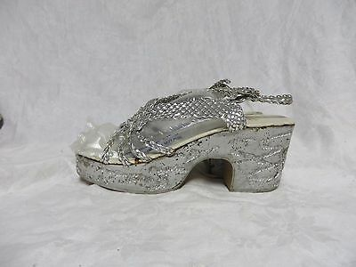 Vintage 70s Shoes Platform Sandals Silver PeepToe Disco High Heels RAB VLV Retro