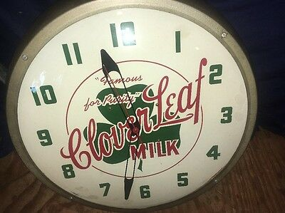Cloverleaf Milk Nice Workin CLOCK advertising Dairy sign vintage NOT LIGHTED Pam
