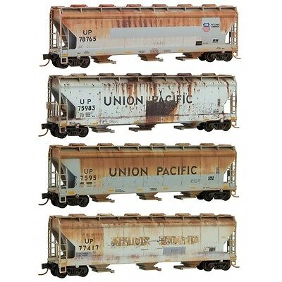 Mtl Micro-Trains N 993 05 390  *union Pacific* Weathered (4) Car Runner Pk *new*