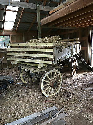 horse drawn wagon