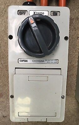 Clipsal 20A 500V 5pin Switched Socket
