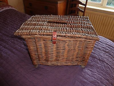 Fishing Creel Authentic Wicker Early 20Th Century Lovely Small Size Vgc