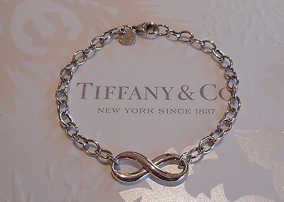 "Tiffany& Co ""Infinity"" Bracelet in Sterling Silver, RRP $390 , MINT!"