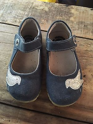 """Girl's LIVIE & LUCA Mary Jane Style Navy Blue """"Bird"""" Suede Shoes - Size 10"""
