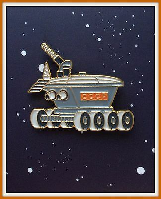 SPACE USSR Lunokhod Moonwalker ROBOT Moon Rover RARE Russian modern BADGE PIN