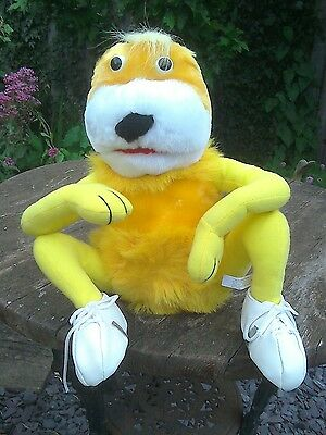 """Collectable"" - 28 cm Levi`s FLAT ERIC toy - tagged/Playmakers"