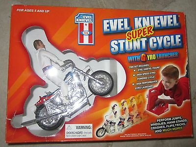 EVEL KNIEVEL Super Stunt Cycle NIB BOX with Gyro Launcher RARE Evil 2006 Ideal