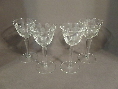 Lot Of 4 Vintage Etched Daisy And Leaves Elegant Sherry Cordial Glasses
