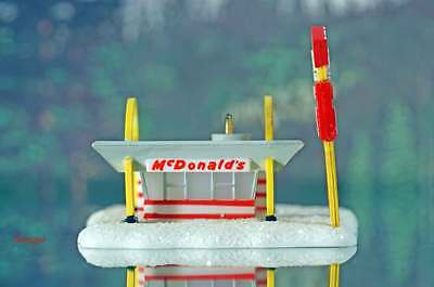 Z Scale McDonald's Drive-In Restaurant Building