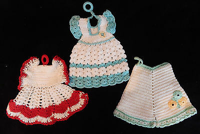 3 Pot Holders Lot Crocheted Red, Green Dresses, Bloomers Pantaloons Vintage