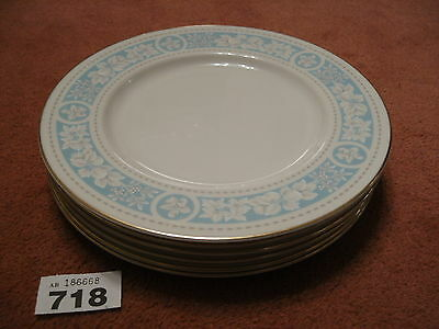 6 ROYAL DOULTON HAMPTON COURT DINNER PLATES in excellent condition