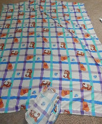 Winnie the Pooh & Tigger Ladybug Twin Flat/fitted Sheet - Fabric - Bedding -