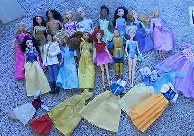 LOT OF ASSORTED BARBIE & DISNEY DOLLS 16 TOTAL pocahontas,snow white
