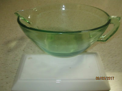 COLLECTABLE GREEN GLASS MIXING BOWL. DEPRESSION, perfect condition.
