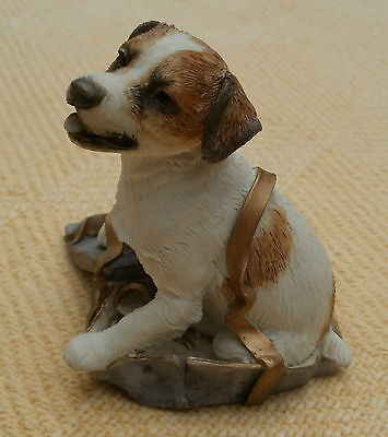 Country Artists Figure - Jack Russell In Present - With Love - 02256