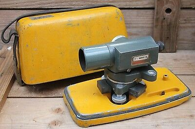 WATTS theodolite surveyors spirit level SL122-1 with cast case