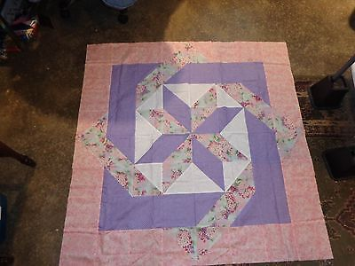 LABYRINTH SPRING FLORAL  Quilt Top - Not Quilted, Machine Pieced