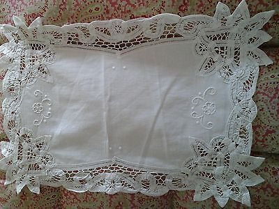 Antique French Tapework Lace/Embroidery Textile - Table/Dresser/Tray Linen Cloth