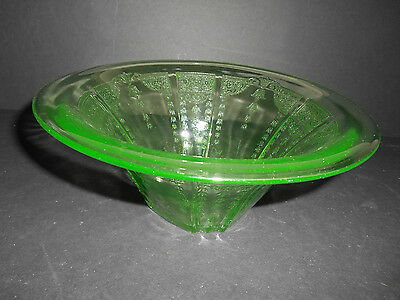 """Lovely Green Princess 9.5"""" Hat Shaped Bowl by Anchor Hocking"""