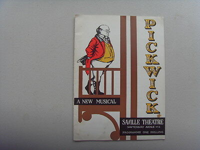 THEATRE PROGRAMME - HARRY SECOMBE in PICKWICK - 1963